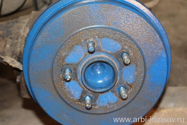 Как заменить задние тормозные колодки форд фокус