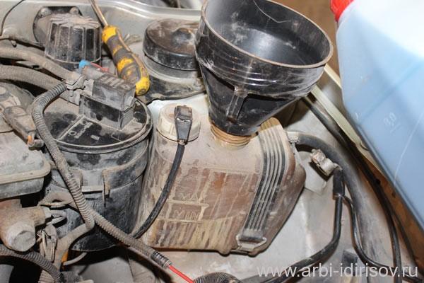 заправка радиатора, как заменить тосол