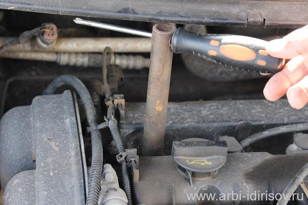 Как самому заменить свечи зажигания на форд фокус